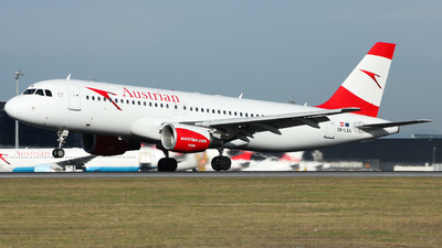OE-LXA - Airbus A320-216 - Austrian Airlines