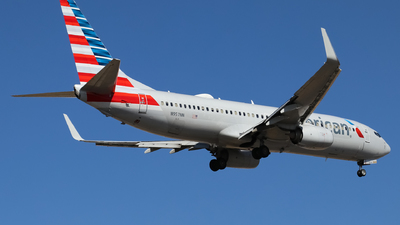 A picture of N957NN - Boeing 737823 - American Airlines - © Josué Villa