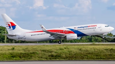 9M-MLO - Boeing 737-8H6 - Malaysia Airlines