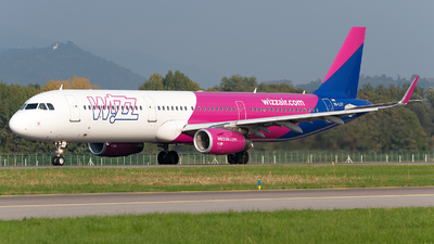 HA-LXY - Airbus A321-231 - Wizz Air