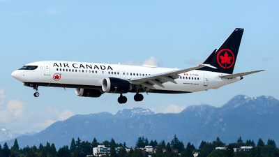 A picture of CFSOC - Boeing 737 MAX 8 - Air Canada - © Chung Kwok