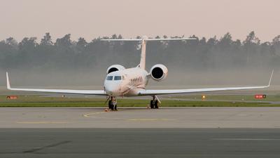 N552MW - Gulfstream G550 - Private
