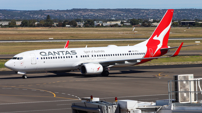 A picture of VHVYJ - Boeing 737838 - Qantas - © Chow Kin Hei
