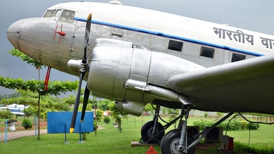 IJ-817 - Douglas C-47B Skytrain - India - Air Force
