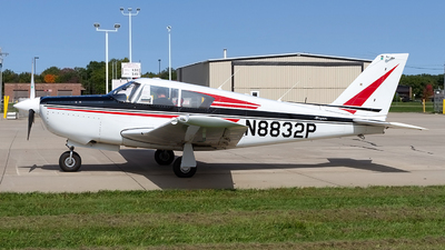 N8832P - Piper PA-24-260 Comanche - Private