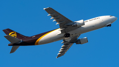 A picture of N159UP - Airbus A300F4622R - UPS - © Hector Rivera-HR Planespotter
