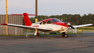 A picture of N8395Y - Piper PA28RT201 - [28R8118072] - © Nick Neiger