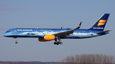 A picture of TFFIR - Boeing 757256 - Icelandair - © if