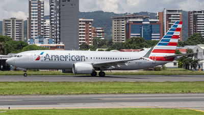 A picture of N335RT - Boeing 737 MAX 8 - American Airlines - © Ariel Castillo Morales