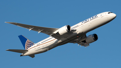 A picture of N15969 - Boeing 7879 Dreamliner - United Airlines - © Cary Liao