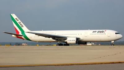 I-AIGG - Boeing 767-304(ER) - Air Italy