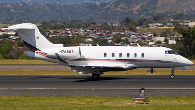 A picture of N765QS - Bombardier Challenger 350 - NetJets - © Jorge andres solano sancho