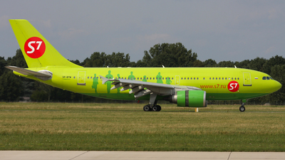 VP-BTM - Airbus A310-204 - S7 Airlines