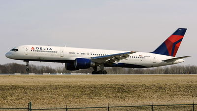 N662DN - Boeing 757-232 - Delta Air Lines