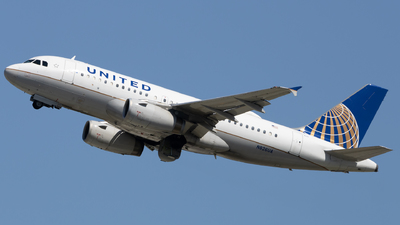 A picture of N826UA - Airbus A319131 - United Airlines - © Angelos Panou