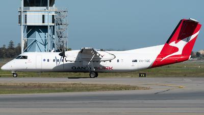 A picture of VHTQE - De Havilland Canada Dash 8300 - QantasLink - © Mitch Coad