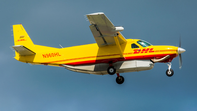 A picture of N960HL - Cessna 208B Super Cargomaster - DHL - © Enzo CATTANIA