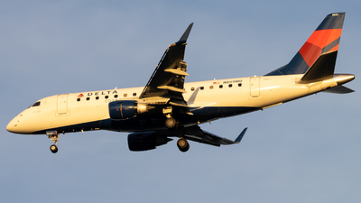 N809MD - Embraer 170-100SU - Delta Connection (Republic Airlines)