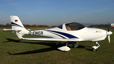 D-EWER - Aquila A210 - Private