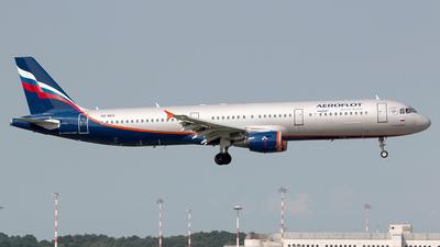 VQ-BEG - Airbus A321-211 - Aeroflot