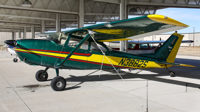 A picture of N3882S - Cessna 172E Skyhawk - [17251082] - © BaszB