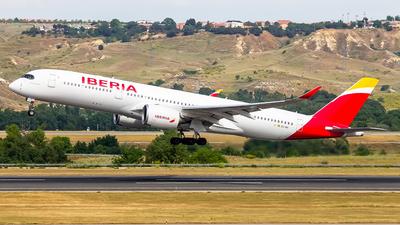 EC-NIS - Airbus A350-941 - Iberia
