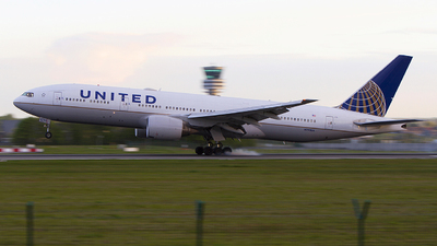 N793UA - Boeing 777-222(ER) - United Airlines