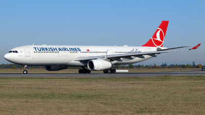 TC-JNL - Airbus A330-343 - Turkish Airlines