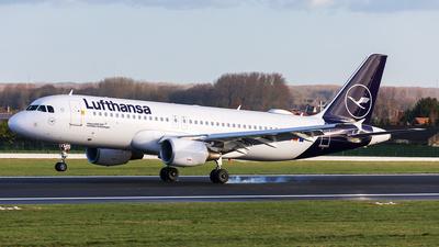 A picture of DAIZO - Airbus A320214 - Lufthansa - © Andre Bonn