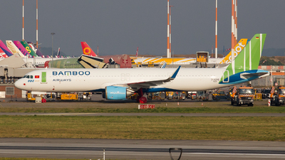 D-AZAB - Airbus A321-251NX - Bamboo Airways