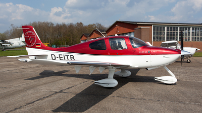 D-EITB - Cirrus SR22-GTS Turbo - Private