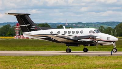 G-CDZT - Beechcraft B200 Super King Air - RVL Aviation