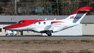 N420DT - Honda HA-420 HondaJet - Private
