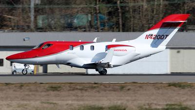 A picture of N420DT - Honda HA420 HondaJet - [42000075] - © Huy Do