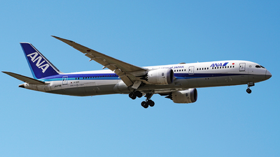 A picture of JA879A - Boeing 7879 Dreamliner - All Nippon Airways - © iceland2000