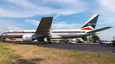 A picture of N608DA - Boeing 757232 - [22815] - © MISAEL OCASIO HERNANDEZ