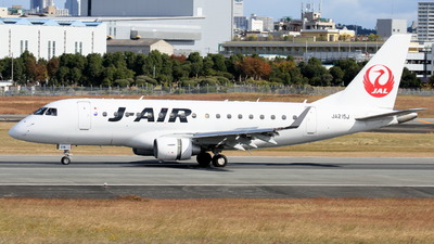 A picture of JA215J - Embraer E170STD - Noble Air Charter - © Tokubee