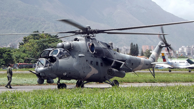 10071 - Mil Mi-35M2 Caribe - Venezuela - Army
