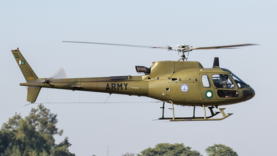 2809 - Eurocopter AS 350B3 Ecureuil - Pakistan - Army Aviation