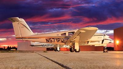 A picture of N571PU - Piper PA44180 Seminole - [4496142] - © Hongming Zheng