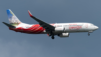 VT-AXN - Boeing 737-8HG - Air India Express