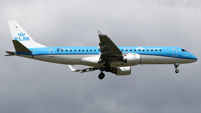 A picture of PHEZF - Embraer E190STD - KLM - © Jeroen Stroes
