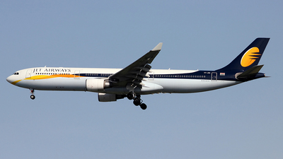 VT-JWS - Airbus A330-302 - Jet Airways