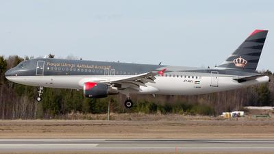 JY-AYI - Airbus A320-212 - Royal Wings
