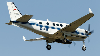 D-IFRT - Beechcraft 90 King Air - Private