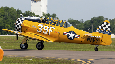 N3639F - North American SNJ-6 Texan - Private
