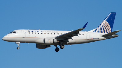 A picture of N655RW - Embraer E170SE - United Airlines - © Eric Siebeneicher