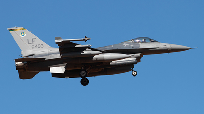 88-0493 - General Dynamics F-16CM Fighting Falcon - United States - US Air Force (USAF)