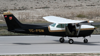 TC-FSM - Cessna 172P Skyhawk II - Private