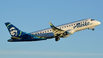N183SY - Embraer 170-200LR - Alaska Airlines (Skywest Airlines)